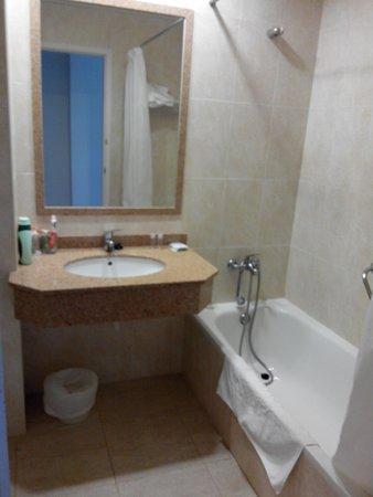 Migjorn Gran, España: bagno