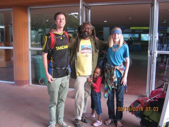 Backpackers Paradise : Stone, Isaakari, Tosh and Farahja