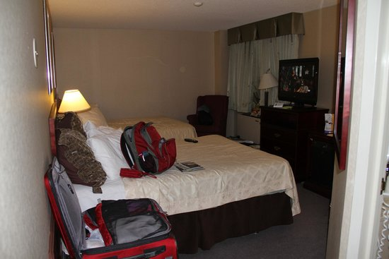 Travelodge Hotel Vancouver Airport: Our room