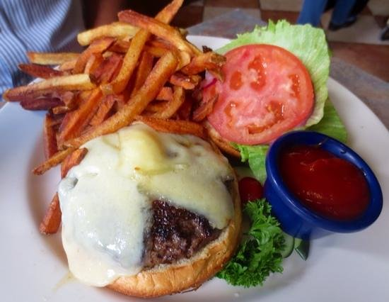 jae's asian bistro : Kobi beef burger and crispy fries