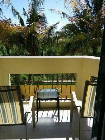 Days Inn Guam-Tamuning: Балкон в номере