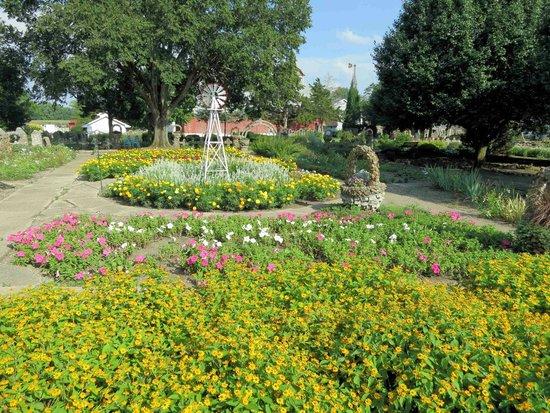 rockome gardens formal gardens. beautiful ideas. Home Design Ideas
