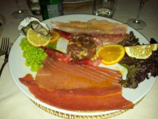 Gina a porto romano : Misto di crudi, pesce freschissimo