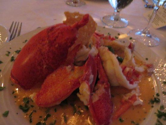 Reading Room : delicious lobster dinner