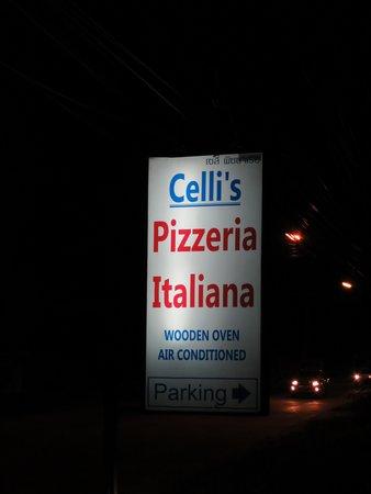 Celli's italian pizza restaurant: Celli's