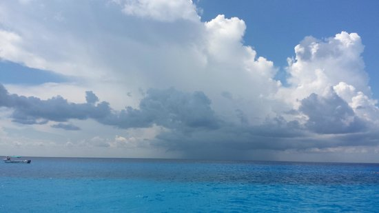 FE Catamaran Sail and Snorkel Cozumel: Gorgeous day in Paradise!