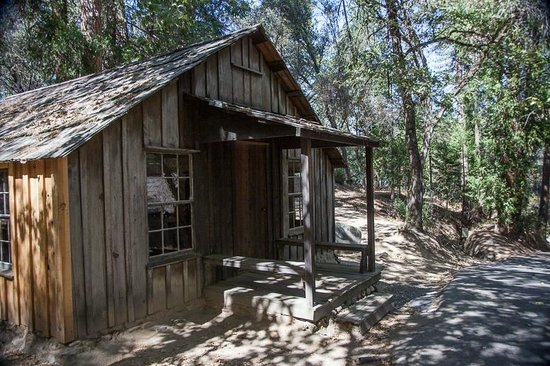 "Marshall Gold Discovery State Historic Park: The ""Authentic"" cabin of James Marshall"