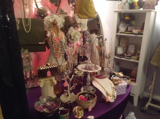 Tre Sorelle Boutique