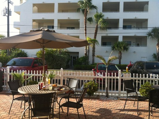 Silver Sands Motel : Table a mager