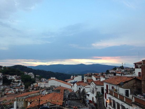 Hotel Los Arcos: One rooftop view