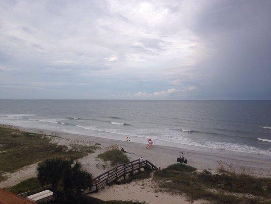 Courtyard by Marriott Jacksonville Beach Oceanfront: View of beach