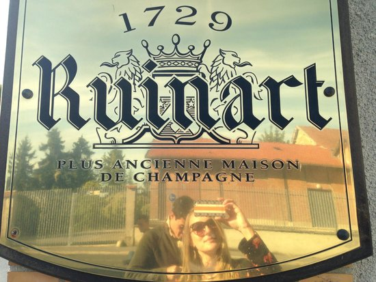 Celliers Ruinart: .