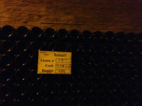 Celliers Ruinart : .