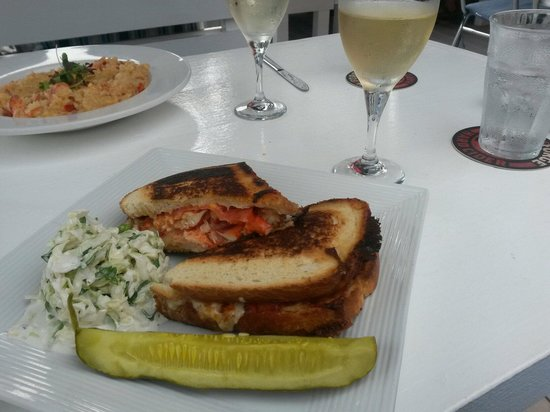 Patio American Grill: Lobster Grilled Cheese