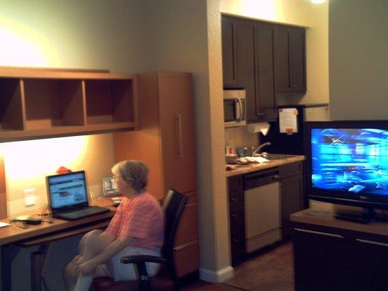 TownePlace Suites Farmington: Room view