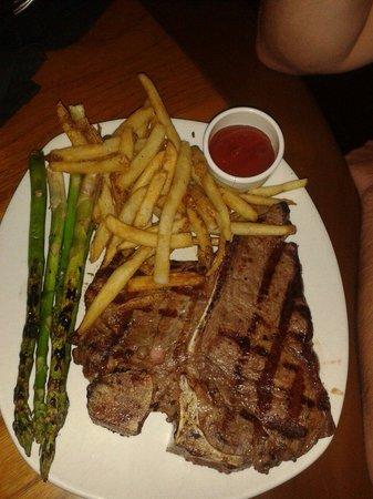 Outback Steakhouse: Porterhouse steak