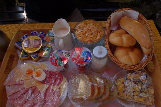 Penzionek Olsakovsky: 豐盛的早餐
