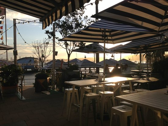 Watsons Bay Boutique Hotel : Classic Navy stripped umbrella in alfresco area