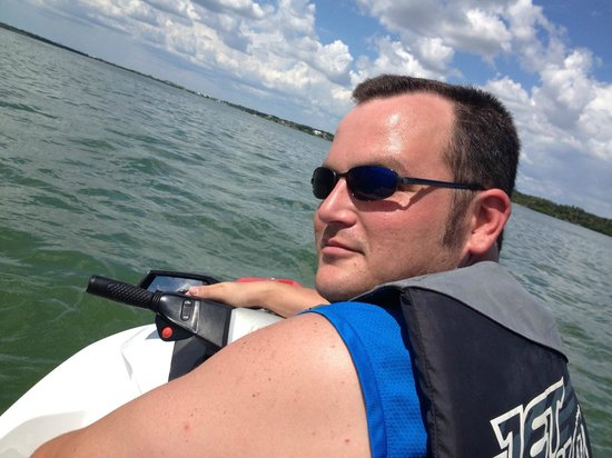 Fly-N-High Waverunners and Parasail : Happy hubby