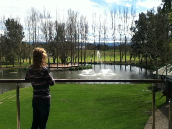 Crowne Plaza Hawkesbury Valley: Looking out over to the golf Course