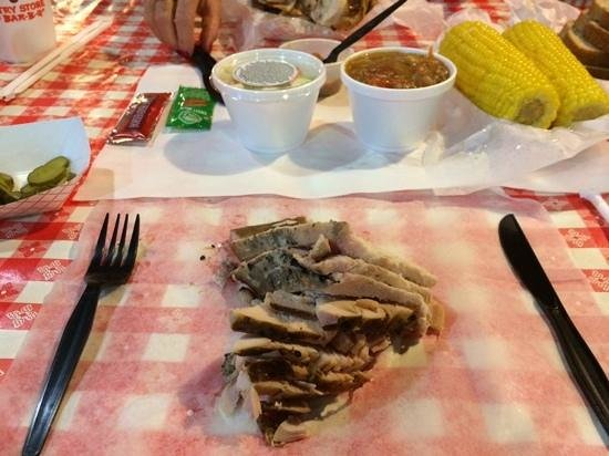 Rudy's: spread your dinner out on the table