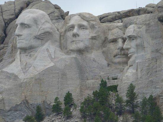 Roosevelt Inn: Mount Rushmore