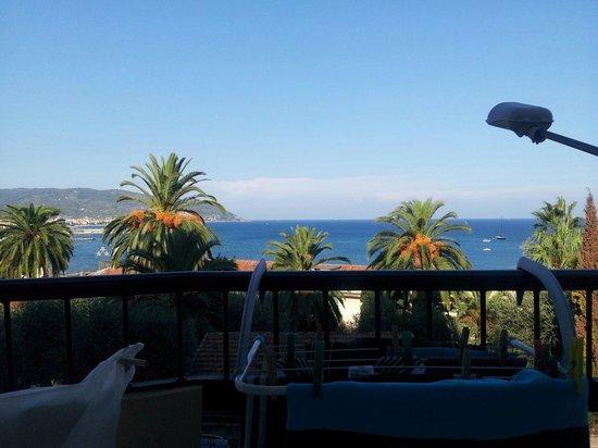 Piccolo Hotel: Panorama ....dalla stanza 102
