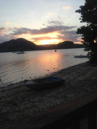 El Rio y Mar Resort: 部屋からの夕日の眺め
