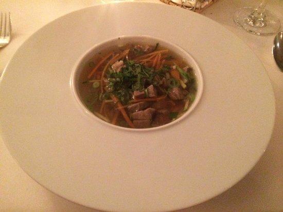 Mayers Bar & Restaurant: Duck consommé