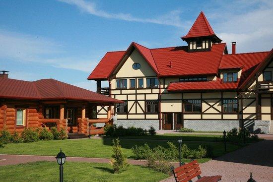 Pikhtovoe Country Hotel