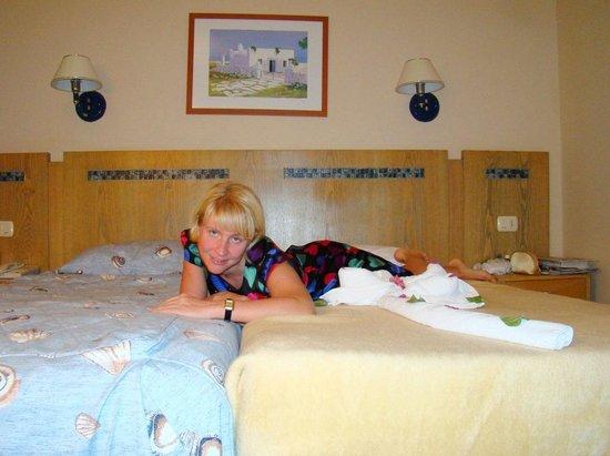 Cyrene Island Hotel: номер