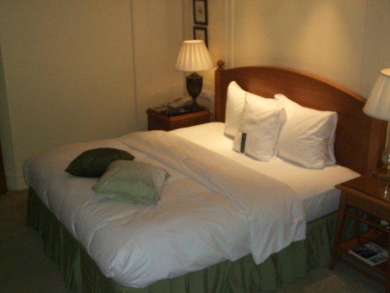 Hotel Kamp: ベッド