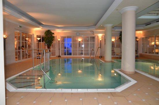 Hotel Tirolerhof: Swimming pool