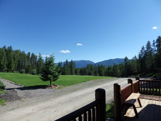 The Great Bear Inn : View from the front porch of the cabin
