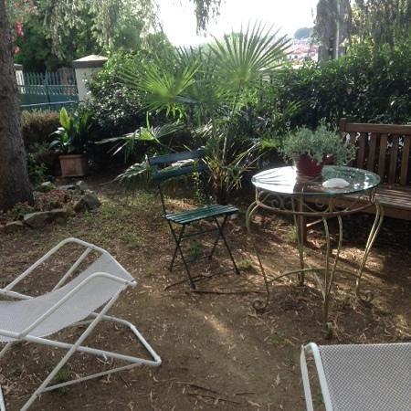 Fiorenza B&B: the beautiful garden