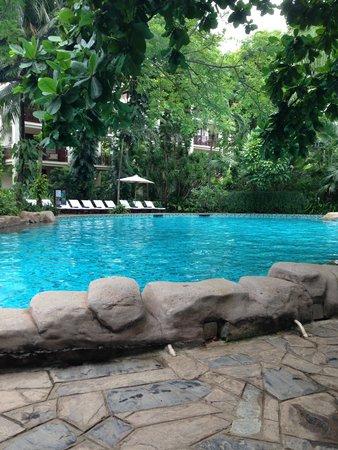 Furama Resort Danang: Lagoon Pool