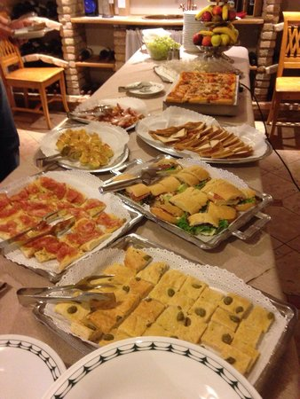 Monte Giner: Buffet merenda