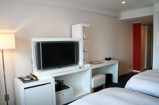 Cross Hotel Osaka : Double room