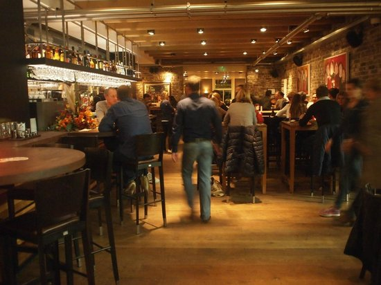 Loetje aan de Amstel: Restauarant