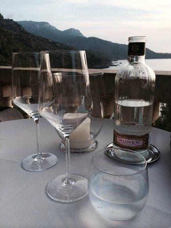 Béns d'Avall Restaurant: Tisch mit Aussicht