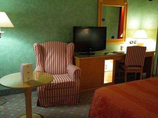 Agora Palace Hotel: かわいいインテリアの室内