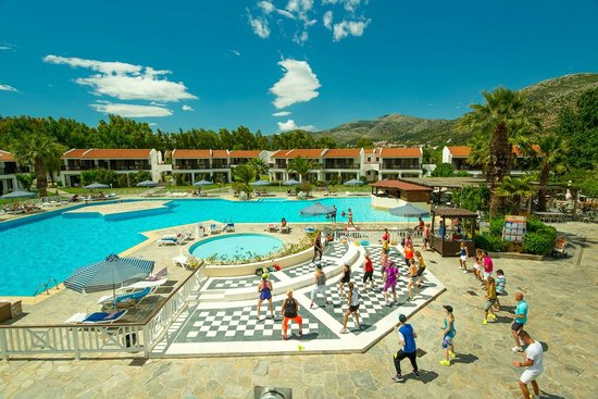Nea Makri, Grekland: Swimming pools