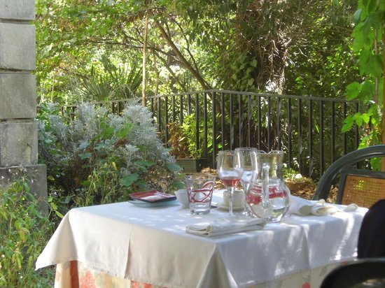 Aux Fontaines : On the Terrace