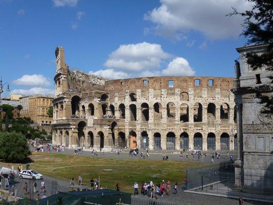 Hotel Giolli Nazionale: Nunca se termina de visitar Roma.