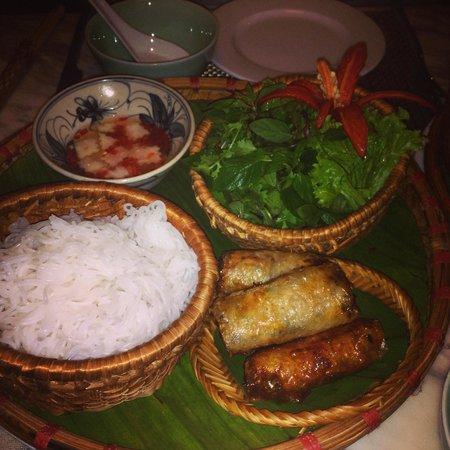 Essence Restaurant: yumo spring rolls