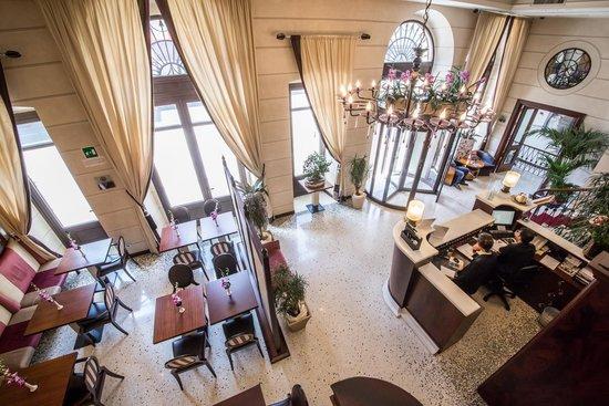 victoria hotel letterario trieste italie voir les tarifs et 21 avis. Black Bedroom Furniture Sets. Home Design Ideas