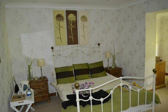 Riverside Lodge Gardens: Bedroom
