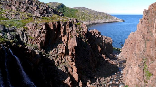 Murmansk Oblast, Rusija: у водопада
