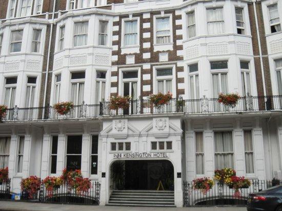 Avni Kensington Hotel Entrada Al