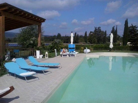 La Siegia : panoramica piscina
